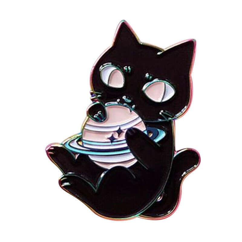 Эмалированная брошь астрономическая космическая кошка