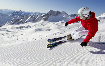 Научиться уверенно кататься на лыжах