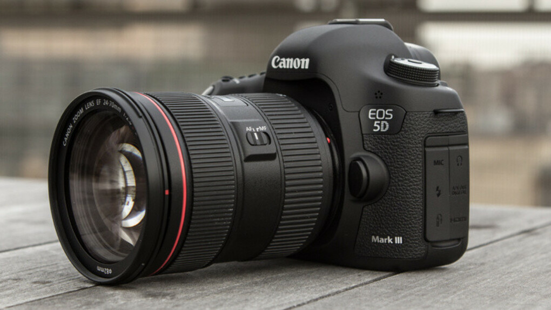 Canon 5D Mark III DSLR cam