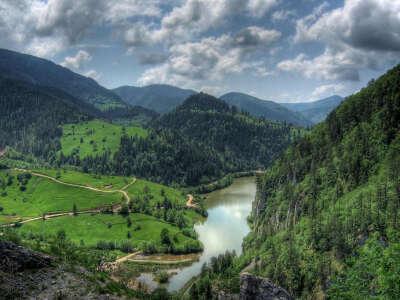 Поехать в Сербию
