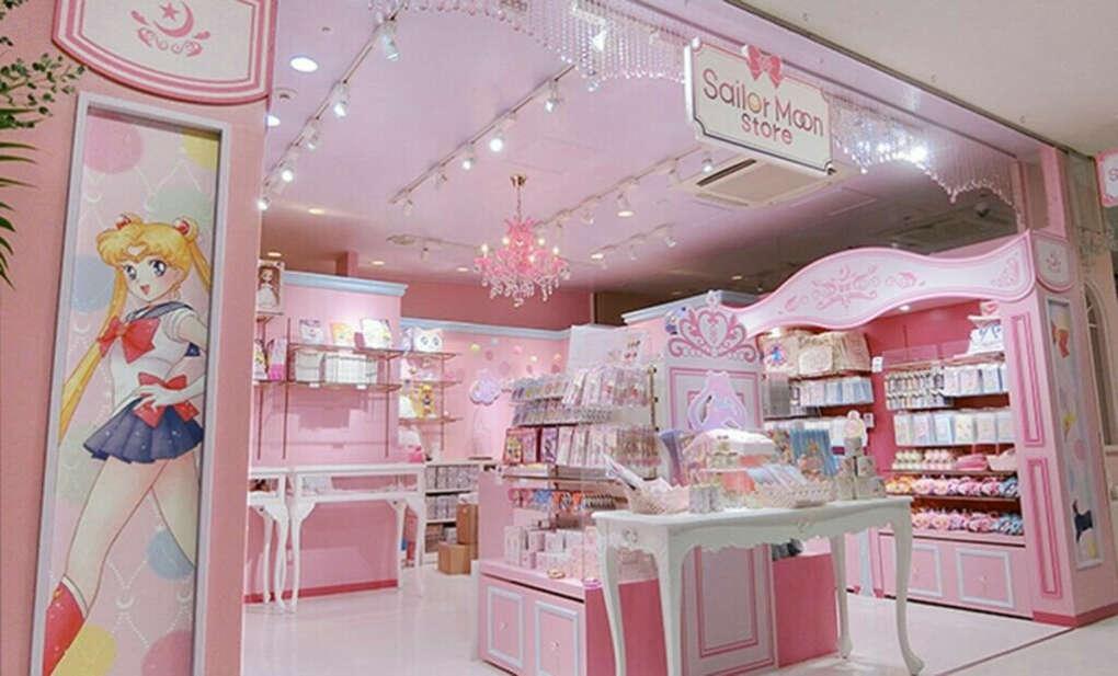 Посетить Sailor Moon Store Tokyo