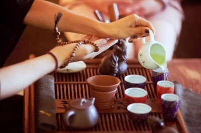 Побывать на чайной церемонии