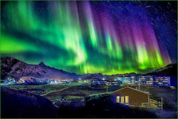 Увидеть красивое северное сияние!