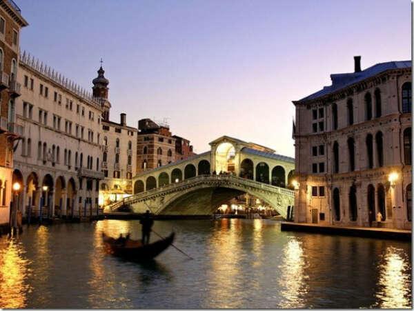 прогуляться по Италии