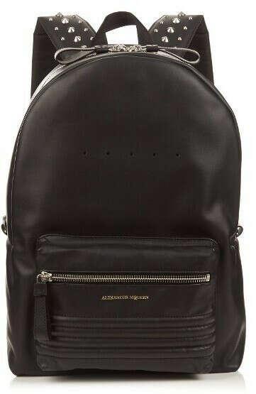 Кожаный черный рюкзак с шипами на лямках