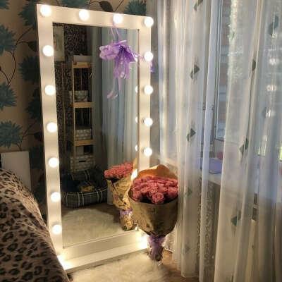 Большое зеркало с подсветкой (для коридора)