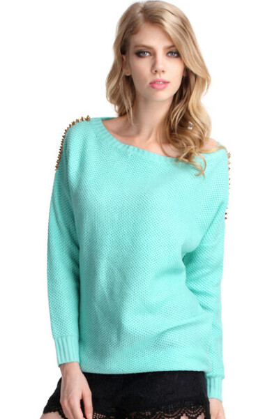 большой мятный свитер