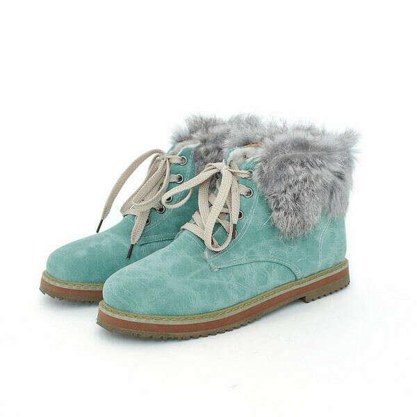 Хочу голубые ботинки