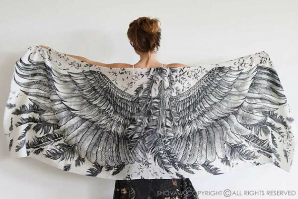 Wing scarf