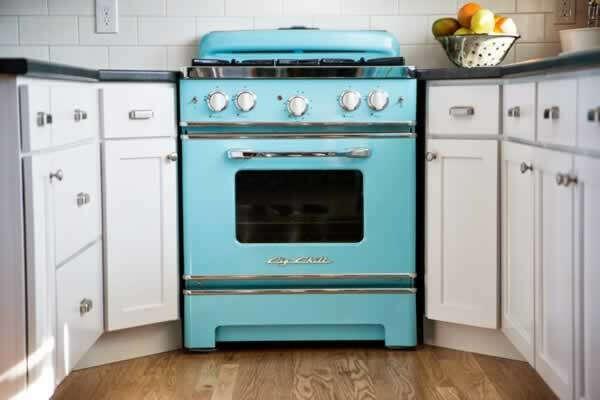 Хорошая газовая плита с духовкой