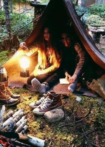 Ночь в палатке.