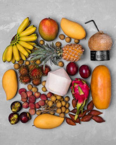 Коробку фруктов