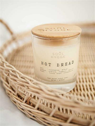 Свеча с запахом свежего хлеба от soul hygge