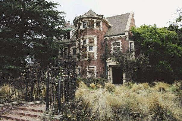"""Побывать в доме из первого сезона """"Американской истории ужасов"""""""
