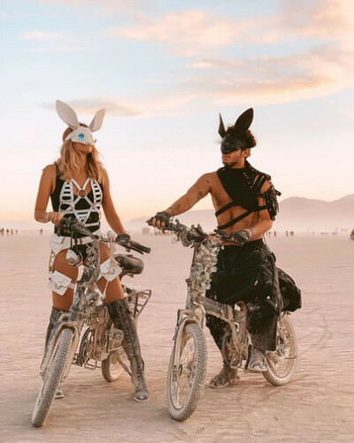 Съездить на Burning Man