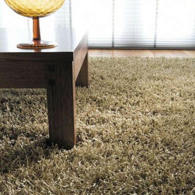 Deep-piled carpet