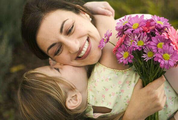 Чтобы мама чаще улыбалась.