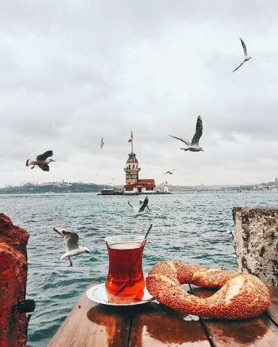 В Стамбул
