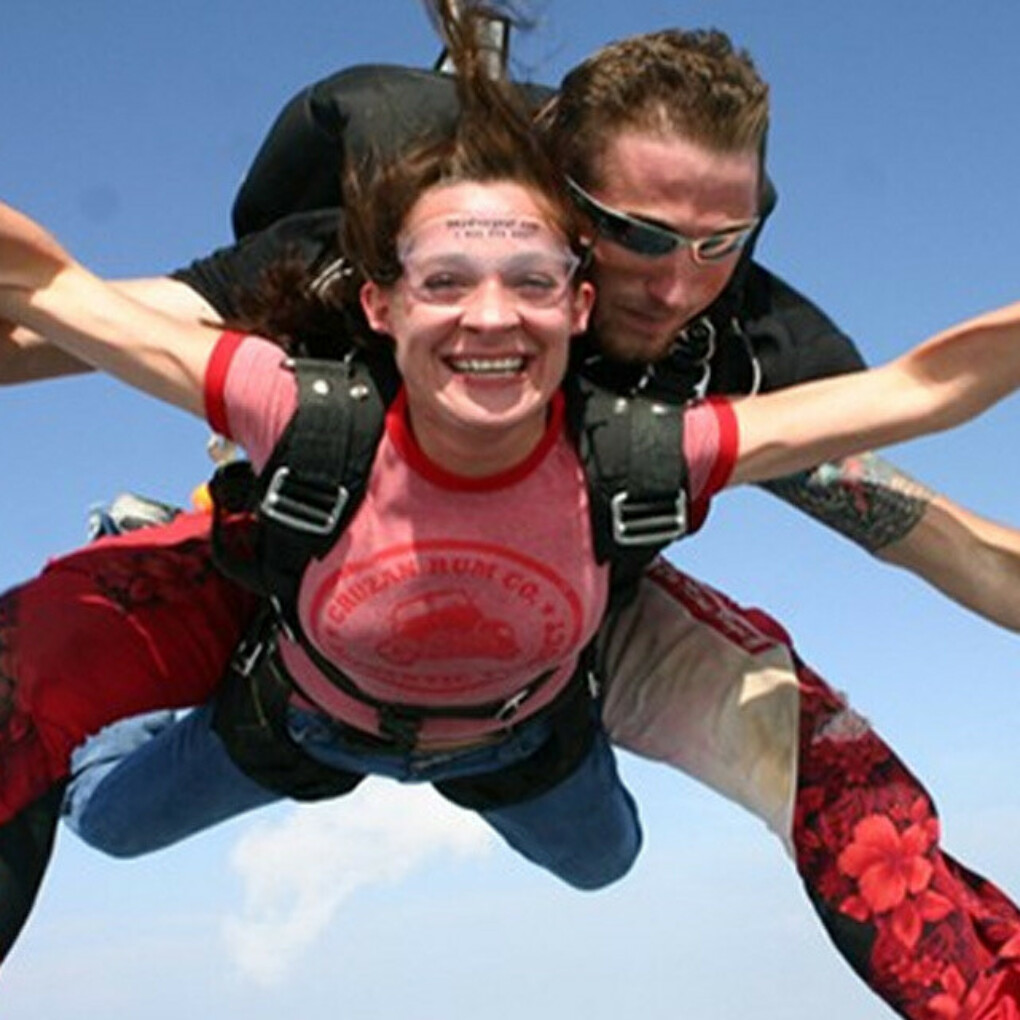 Skydiving Bled - the most exciting experience of your life | Fun Turist