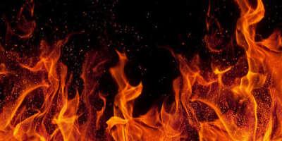 Любые вещи/предметы с символикой огня