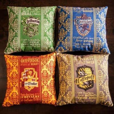 подушку Гарри Поттер