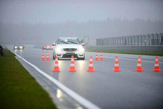 Курс вождения в экстремальных ситуациях (контраварийная подготовка)