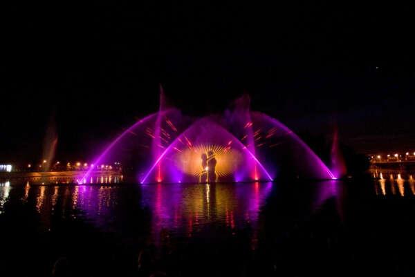 Съездить на Винницкие фонтаны