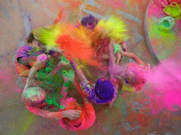Холи — праздник красок в Нью-Дели (Индия)...)