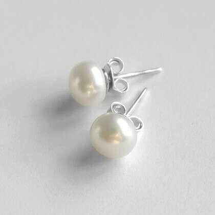 Жемчужные пуссеты 'Pearl'