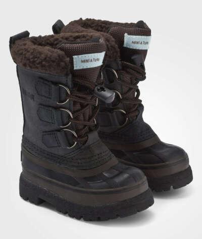 Купить теплую пару обуви