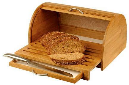 Хлебница деревянная с крышкой и выдвижной доской для нарезки