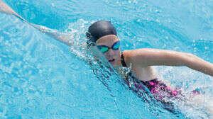 Абонемент в фитнес-клуб (ради бассейна и сауны)
