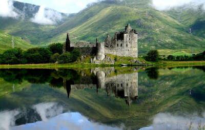 Побывать в замке Kilchurn, в Шотландии