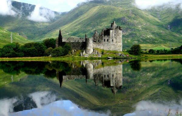 Побывать в старом замке