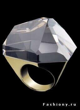 это кольцо в подарок