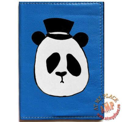 """Синяя обложка на паспорт """"Панда в шляпе"""""""