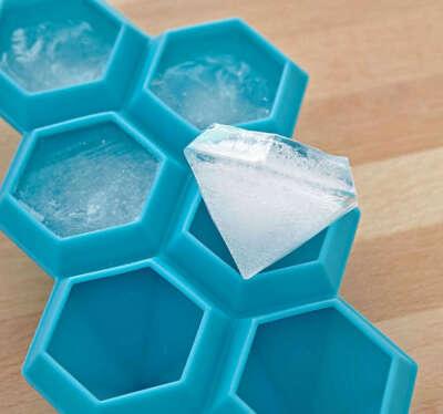Форму для льда необычной формы