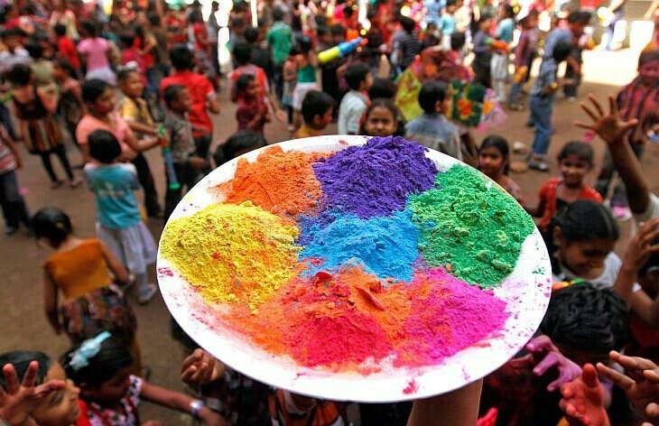 На фестиваль красок Холи