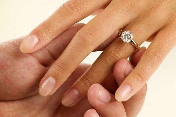 Счастливо выйти замуж