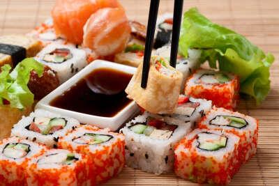 Съесть суши