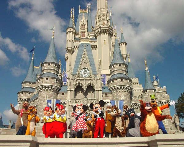 Посетить Disneyland