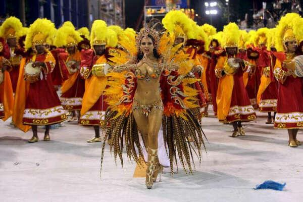 Посмотреть на карнавал в Рио - Де Жанейро