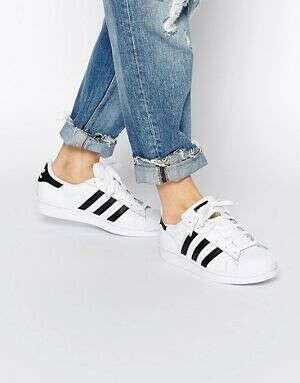 Бело-черные кроссовки adidas Originals Superstar