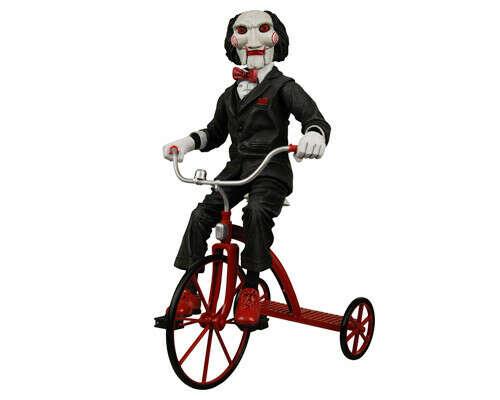 Кукла Пилы на велосипеде, фигурка
