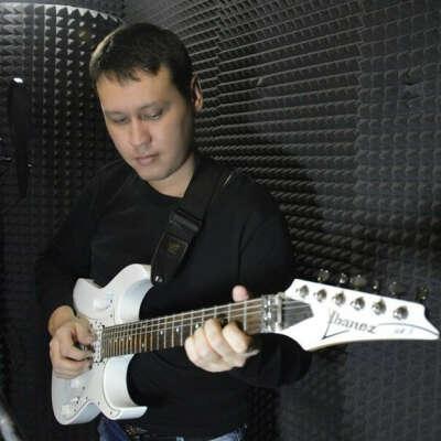 Записать песню в студии звукозаписи