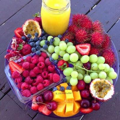 Попробовать разных экзотических фруктов