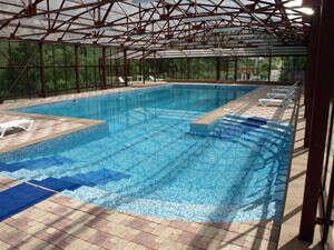 Ходить в бассейн