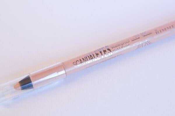 Розовый карандаш для глаз