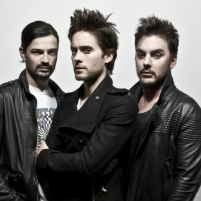 Go to the 30STM concert