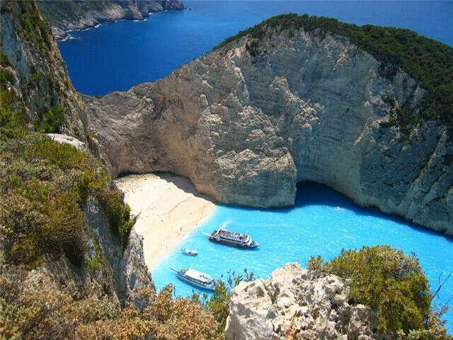 Слетать в Грецию